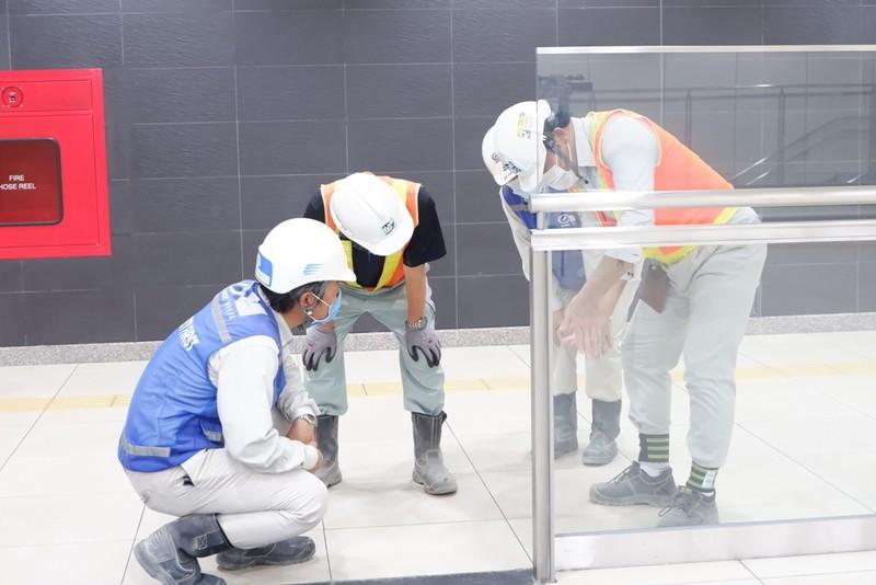 Tận mắt thấy bên trong ga metro Nhà hát Thành phố - ảnh 15