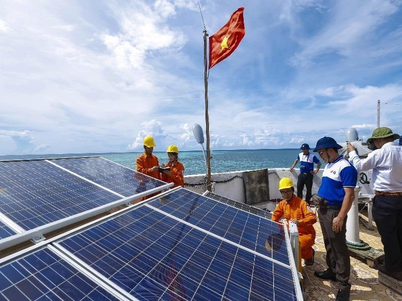 EVN SPC: Dấu ấn 45 năm ngành điện miền Nam - ảnh 2