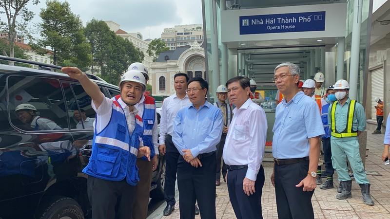 Phó Thủ tướng Phạm Bình Minh thị sát tuyến metro số 1 - ảnh 12