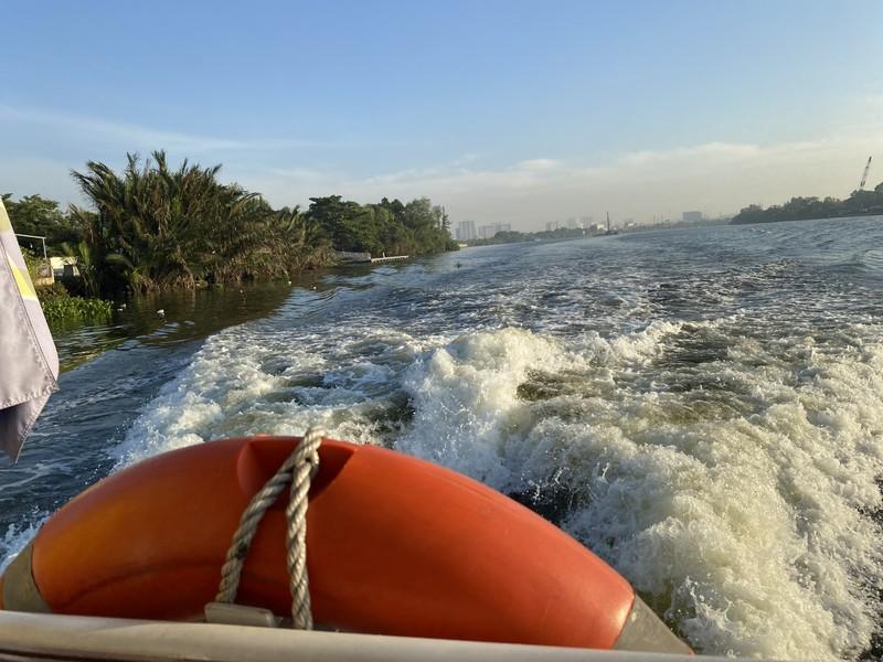 Chiêm ngưỡng sông Sài Gòn từ buýt đường sông - ảnh 3