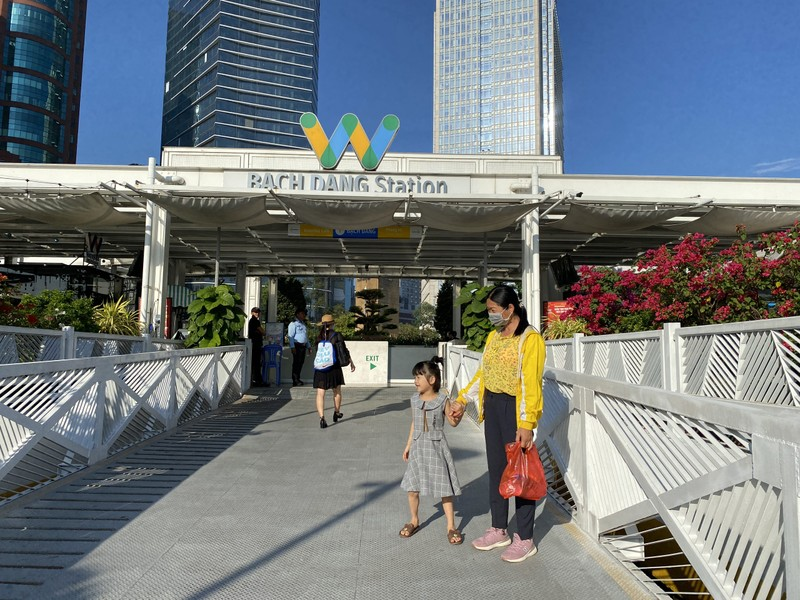 Chiêm ngưỡng sông Sài Gòn từ buýt đường sông - ảnh 6