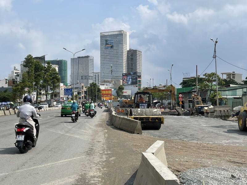 Dự án nâng cấp đường Nguyễn Hữu Cảnh sắp hoàn thành - ảnh 6