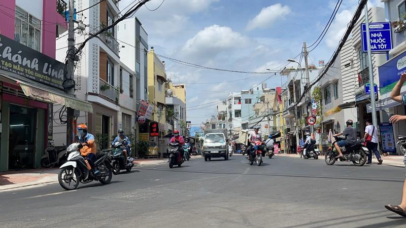 Quận Bình Thạnh đã xóa nút thắt cổ chai đường Bùi Đình Túy - ảnh 7