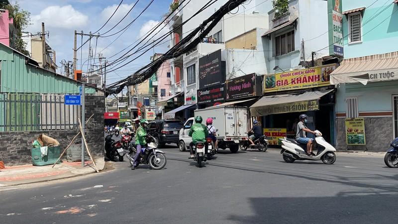 Quận Bình Thạnh đã xóa nút thắt cổ chai đường Bùi Đình Túy - ảnh 8