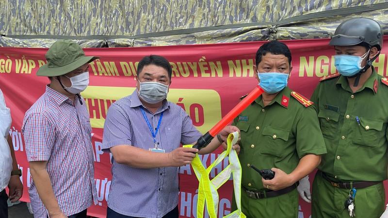 Lãnh đạo Sở GTVT thị sát các chốt chống dịch ở quận Gò Vấp, TP.HCM - ảnh 2