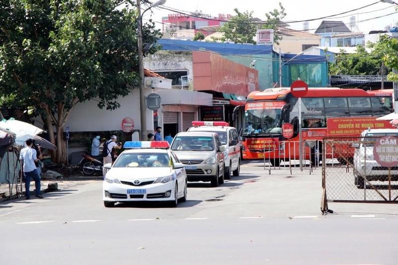 Xe buýt, taxi, xe công nghệ, xe du lịch... ở TP.HCM sẽ chạy lại từ ngày 5-10 - ảnh 2
