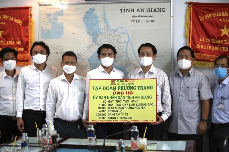Tập đoàn Phương Trang hỗ trợ chống dịch ở địa phương có nguy cơ cao - ảnh 2