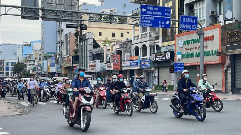Tây Ninh phản hồi về việc người lao động di chuyển giữa TP.HCM và 4 tỉnh - ảnh 2