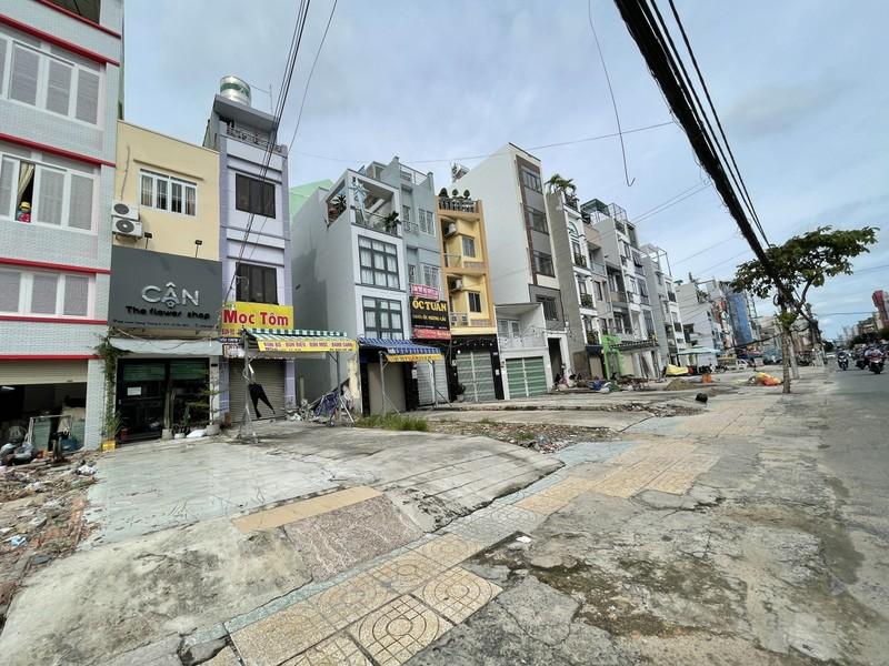 Cận cảnh những ngôi nhà dọc tuyến metro số 2 - ảnh 9