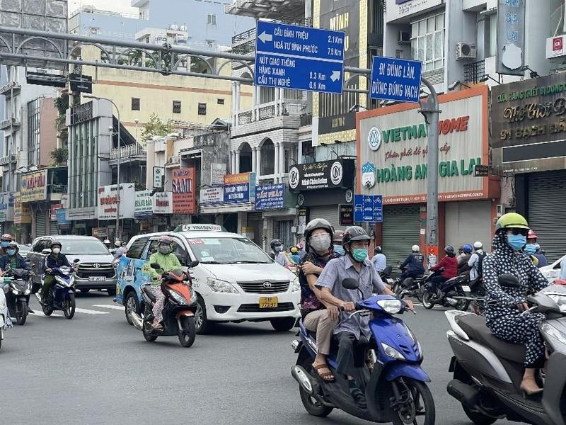 Xe cá nhân lưu thông giữa TP.HCM và 4 tỉnh liền kề cần chú ý - ảnh 1