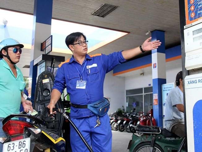 Đại gia Nhật mở trạm xăng đầu tiên, giá xăng sẽ giảm? - ảnh 1