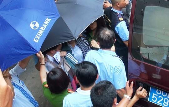 Eximbank TP.HCM có tân giám đốc sau vụ mất 245 tỉ - ảnh 1