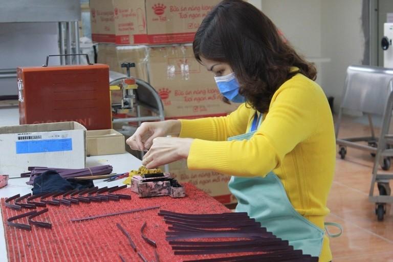 Xoay xở tìm nguyên liệu thay thế từ Trung Quốc giữa mùa dịch - ảnh 1