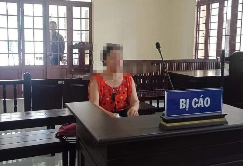 Người phụ nữ hầu tòa vì bán vé số kiêm lô đề - ảnh 1