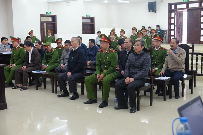 Ông Trương Minh Tuấn: 'Bộ trưởng bảo ký thì tôi ký' - ảnh 1
