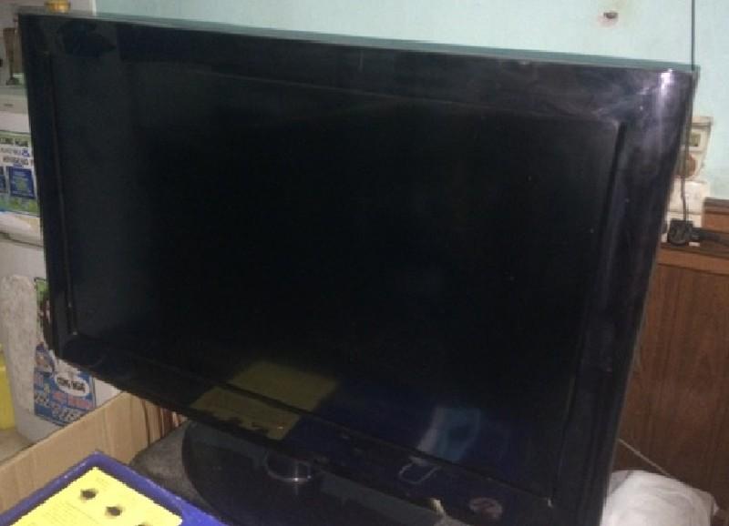 Trộm tivi vì 'không thấy ai ở nhà nên mang đi' - ảnh 1