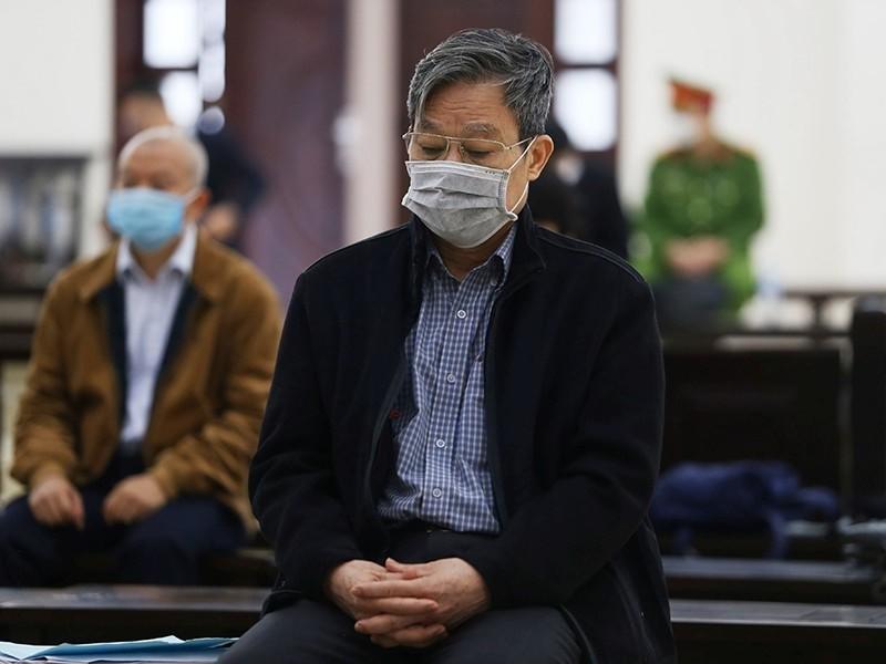 Cựu bộ trưởng Nguyễn Bắc Son không thoát án chung thân - ảnh 1
