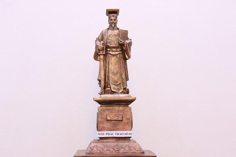 Băn khoăn việc dựng tượng vua làm biểu tượng công lý  - ảnh 1