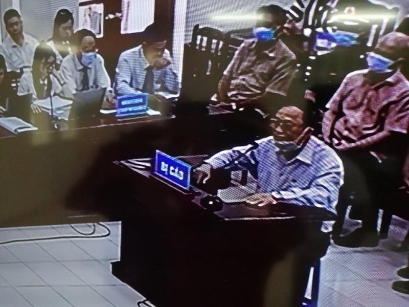 Điều đặc biệt trong phiên xử cựu thứ trưởng Nguyễn Văn Hiến - ảnh 2