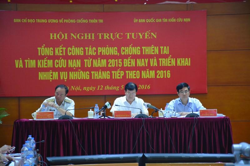 Phó thủ tướng Trịnh Đình Dũng: Dự báo thiên tai còn nhiều bất cập, bị động - ảnh 1