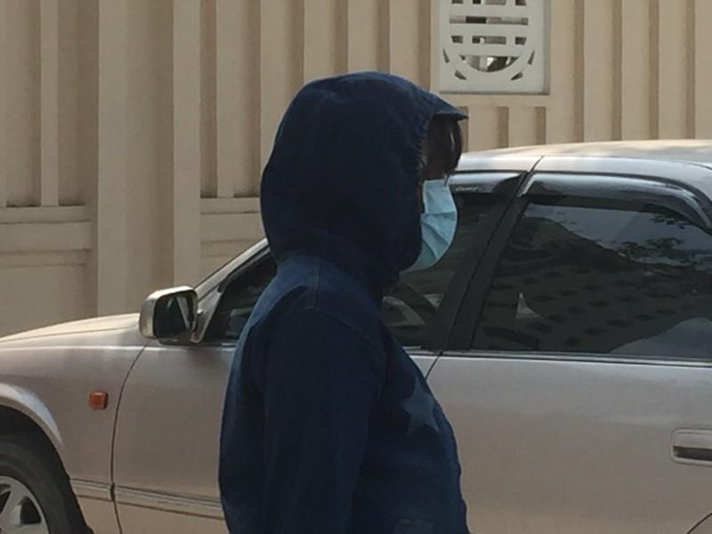 2 nữ sinh 'mất tích' đến công an tường trình vụ việc - ảnh 2