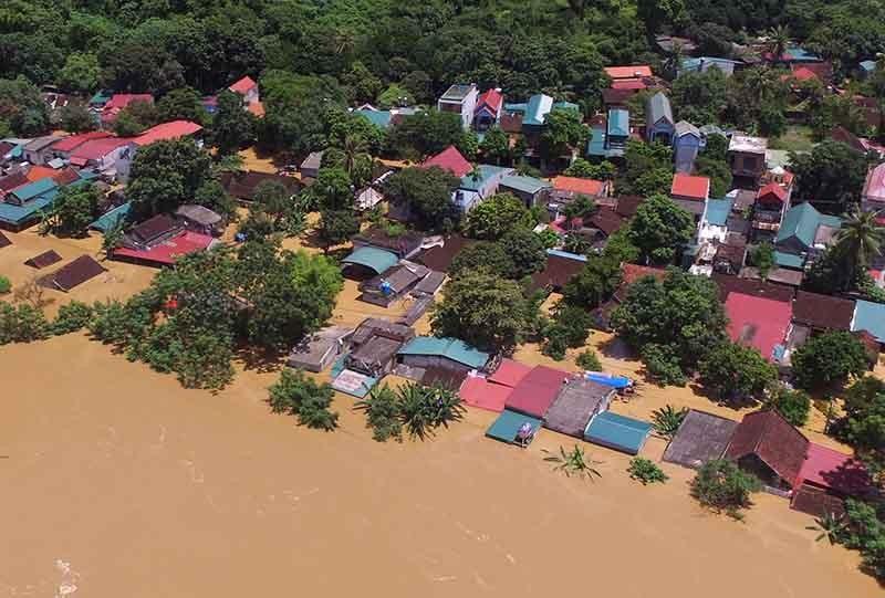Lũ kinh hoàng, sơ tán khẩn cấp 20.000 người dân ở Thanh Hóa - ảnh 13