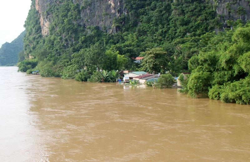 Lũ kinh hoàng, sơ tán khẩn cấp 20.000 người dân ở Thanh Hóa - ảnh 8
