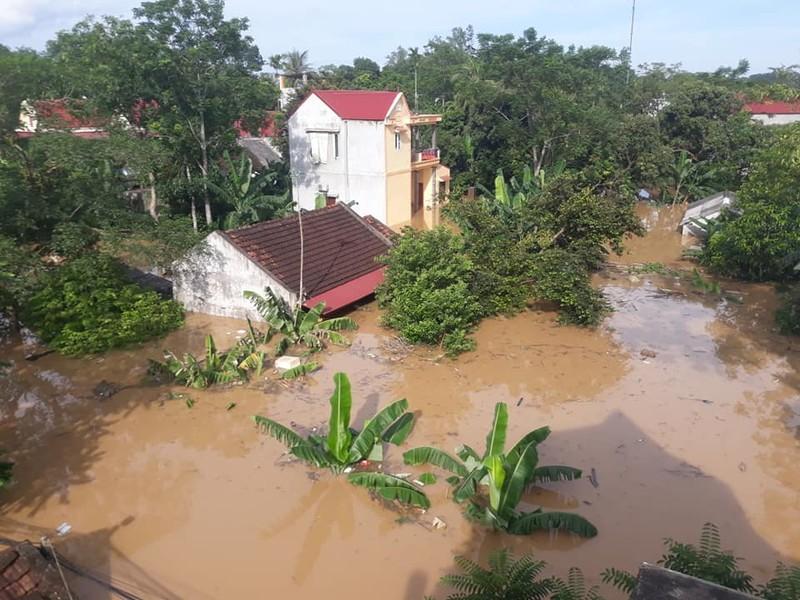 Lũ kinh hoàng, sơ tán khẩn cấp 20.000 người dân ở Thanh Hóa - ảnh 12