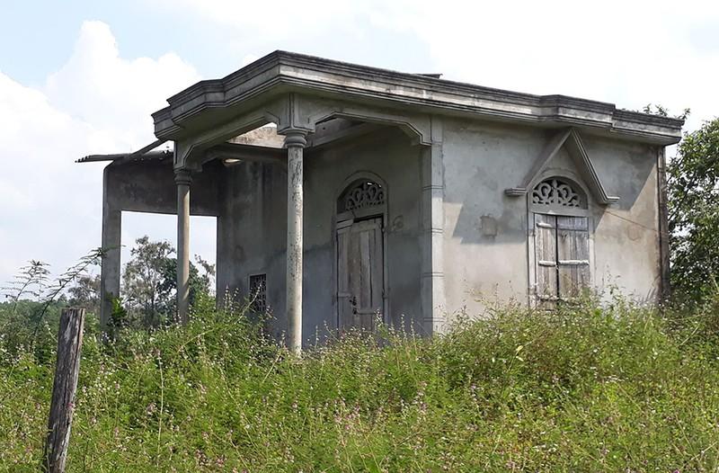 Làng thanh niên lập nghiệp: Nhà bỏ hoang, thanh niên bỏ làng - ảnh 4