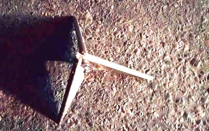 Truy tìm thủ phạm bẫy ô tô bằng chông sắt ba cạnh ở Thanh Hóa - ảnh 2