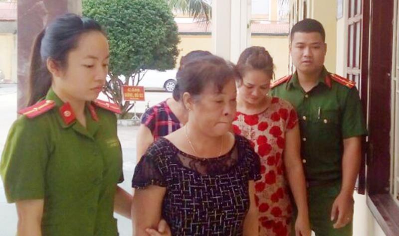 Bắt ba phụ nữ chuyên trộm cắp tài sản của du khách ở Sầm Sơn  - ảnh 2