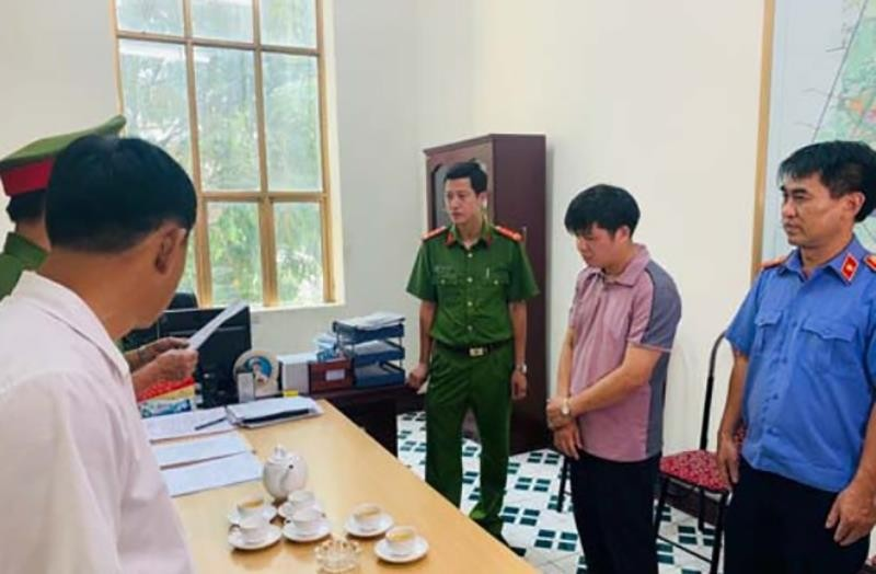Bắt giam Phó giám đốc Ban giải phóng mặt bằng TP Thanh Hóa - ảnh 2