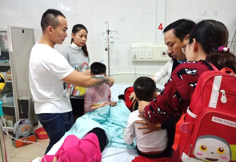 Hàng chục HS mầm non ở Thanh Hóa nhập viện nghi ngộ độc - ảnh 3