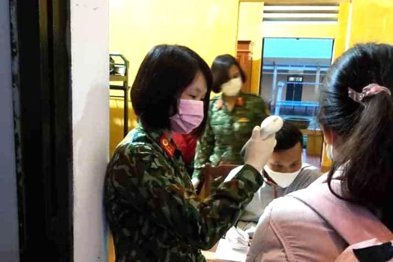 52 người tiếp xúc gần bệnh nhân 93 khi cách ly ở Thanh Hóa - ảnh 1
