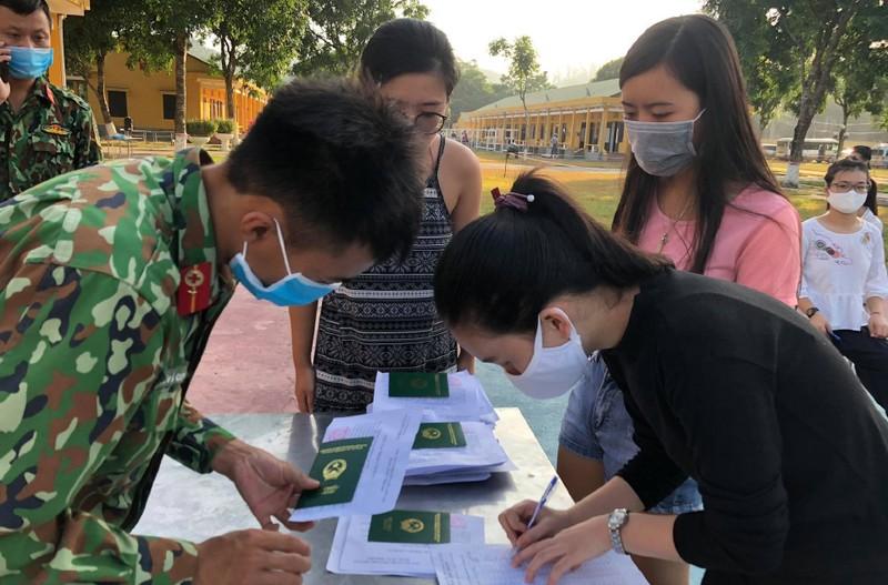 35 phụ nữ mang thai về Việt Nam có kết quả xét nghiệm COVID-19 - ảnh 1