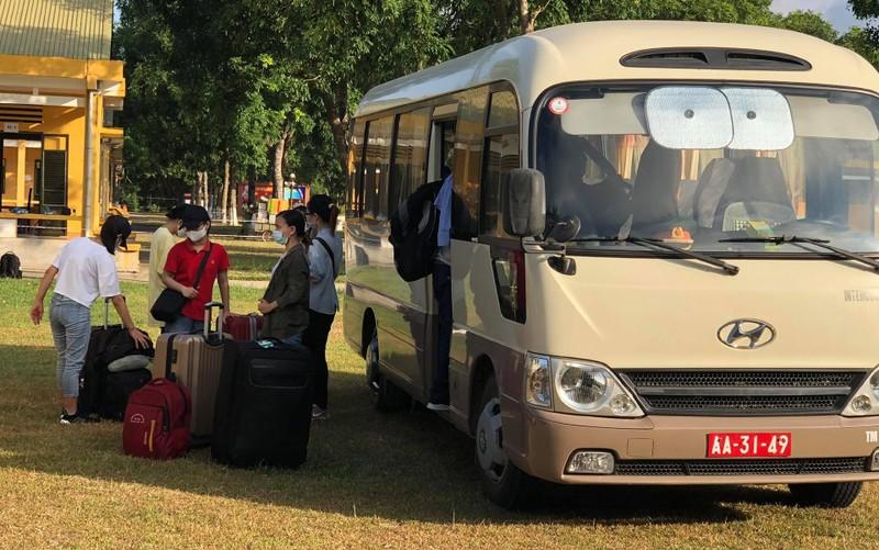 Gần 4.000 người về Thanh Hóa từ Đà Nẵng, Quảng Nam - ảnh 1