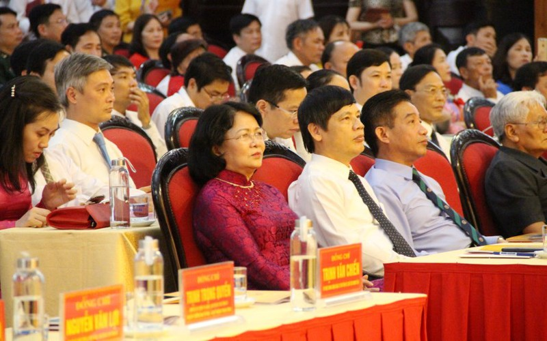 Phó Chủ tịch nước dự đại hội thi đua yêu nước tỉnh Thanh Hóa - ảnh 2