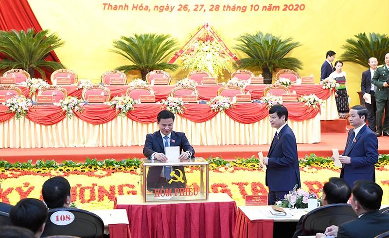 65 người được bầu vào Ban chấp hành Đảng bộ tỉnh Thanh Hóa  - ảnh 2