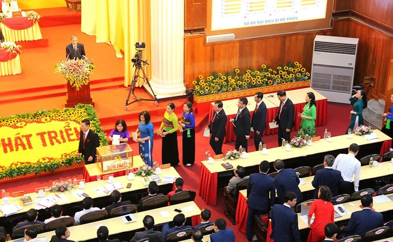 65 người được bầu vào Ban chấp hành Đảng bộ tỉnh Thanh Hóa  - ảnh 3