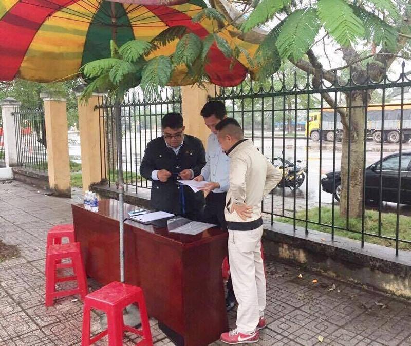 """Dẹp """"loạn"""" thị trường khách đường bộ Trung Quốc - ảnh 1"""