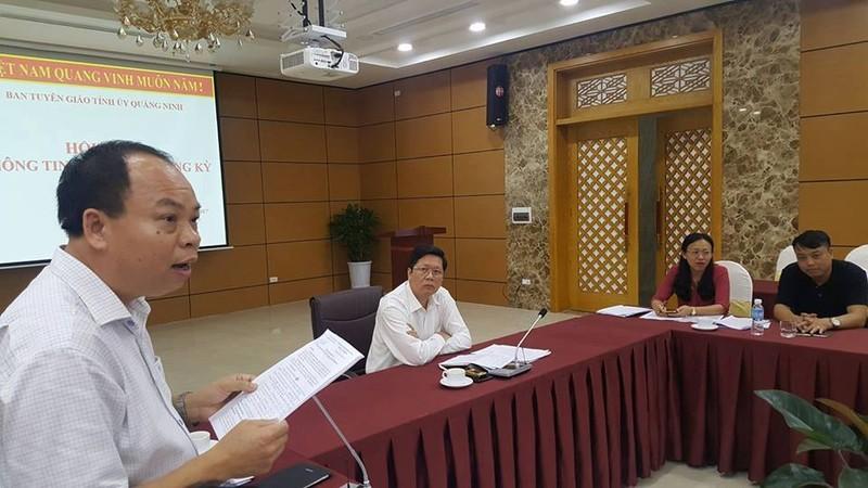 Quảng Ninh chi hơn 2 tỉ thưởng học sinh đạt điểm cao - ảnh 1
