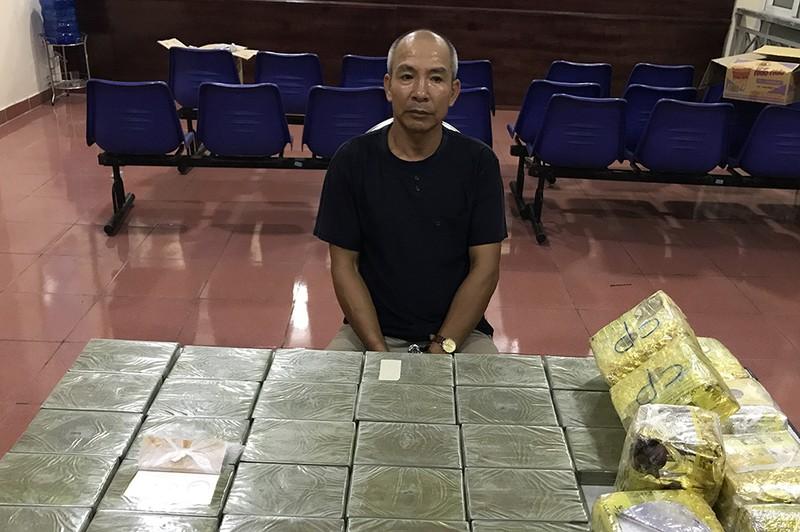Khám xe trùm ma túy, phát hiện thêm 32 bánh heroin - ảnh 1