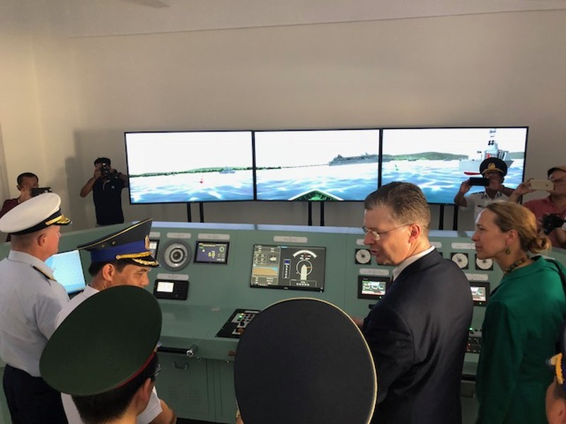 Mỹ bàn giao 6 xuồng tuần tra hiện đại cho Việt Nam - ảnh 3
