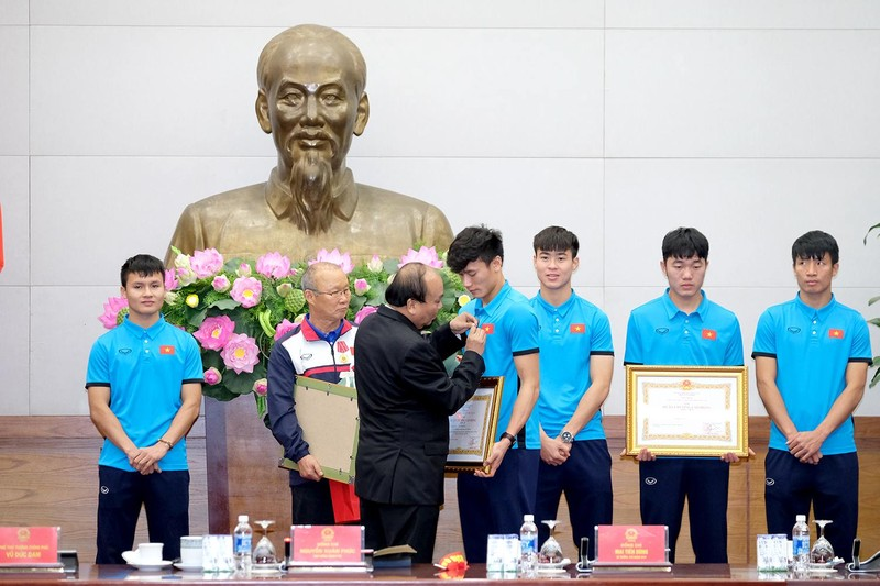 Thủ tướng gặp mặt đội U23 Việt Nam - ảnh 10