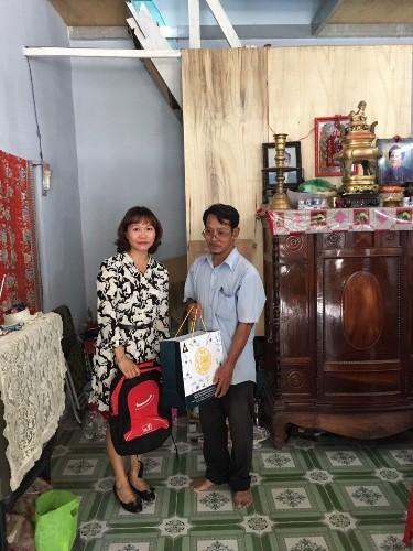 Home Credit hỗ trợ sửa sang tổ ấm cho người nghèo - ảnh 1