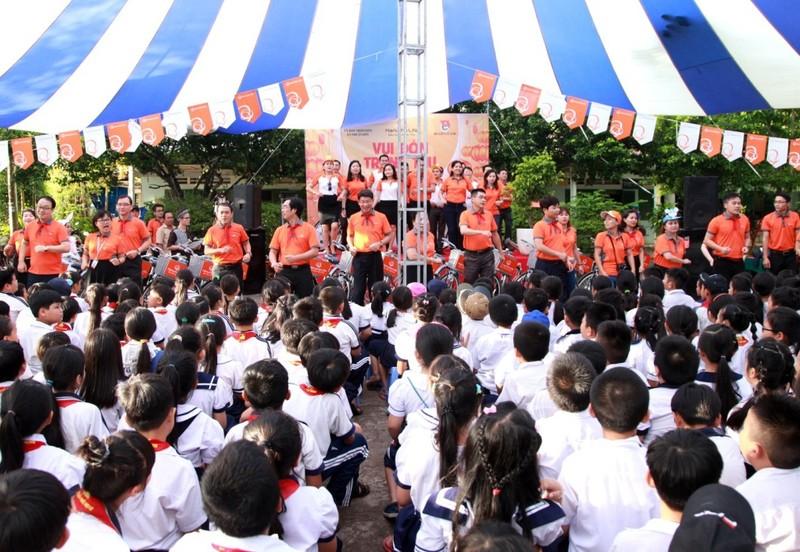 Hanwha Life Việt Nam tổ chức trung thu cho thiếu nhi - ảnh 1