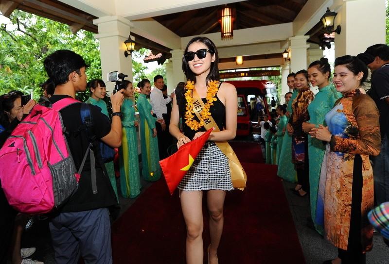 Dàn Hoa hậu Hòa bình 2017 khoe vẻ đẹp tươi tắn - ảnh 1