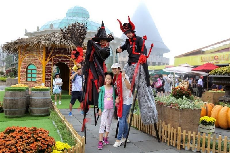 Gặp Lọ Lem, Aladdin… ở Halloween Sun World Ba Na Hills  - ảnh 3