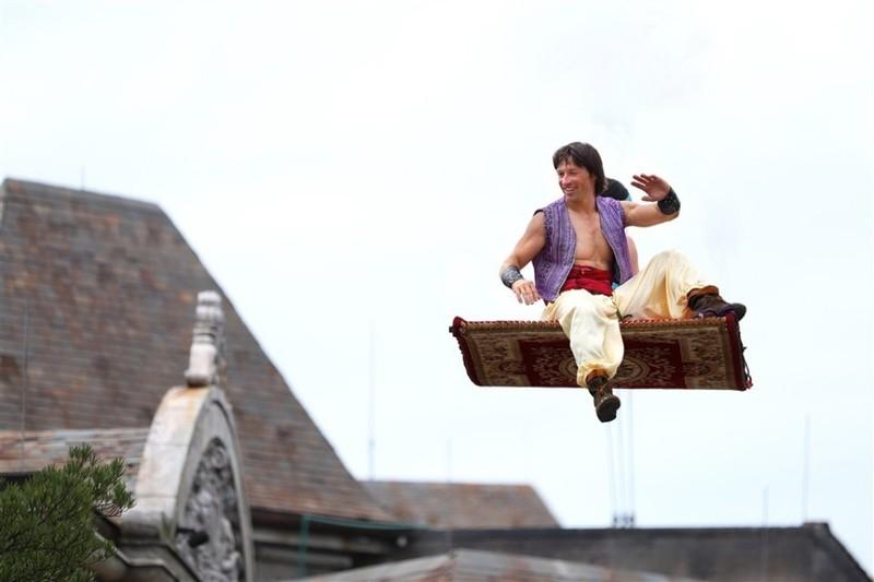 Gặp Lọ Lem, Aladdin… ở Halloween Sun World Ba Na Hills  - ảnh 5
