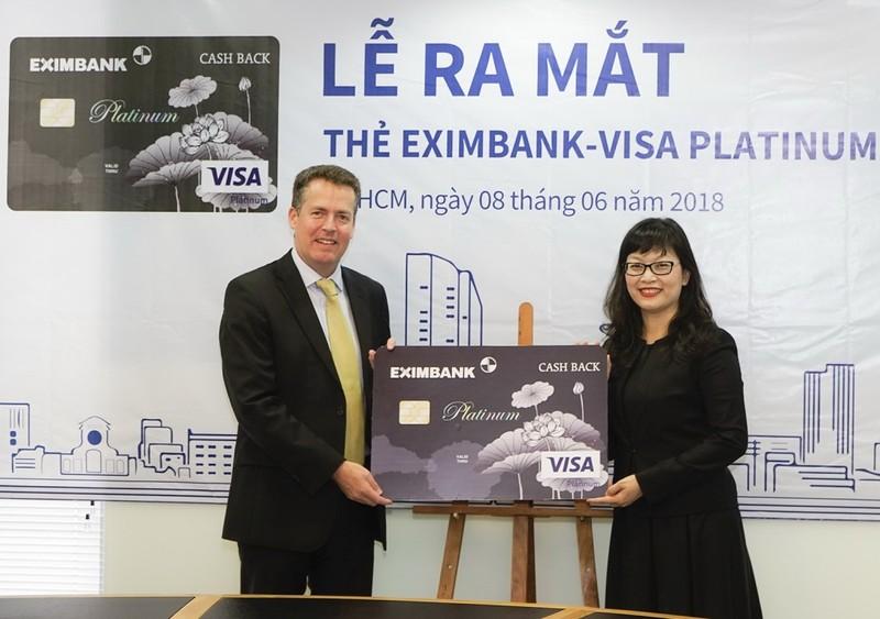 Eximbank ra mắt thẻ tín dụng quốc tế Visa Platinum Cash Back  - ảnh 1